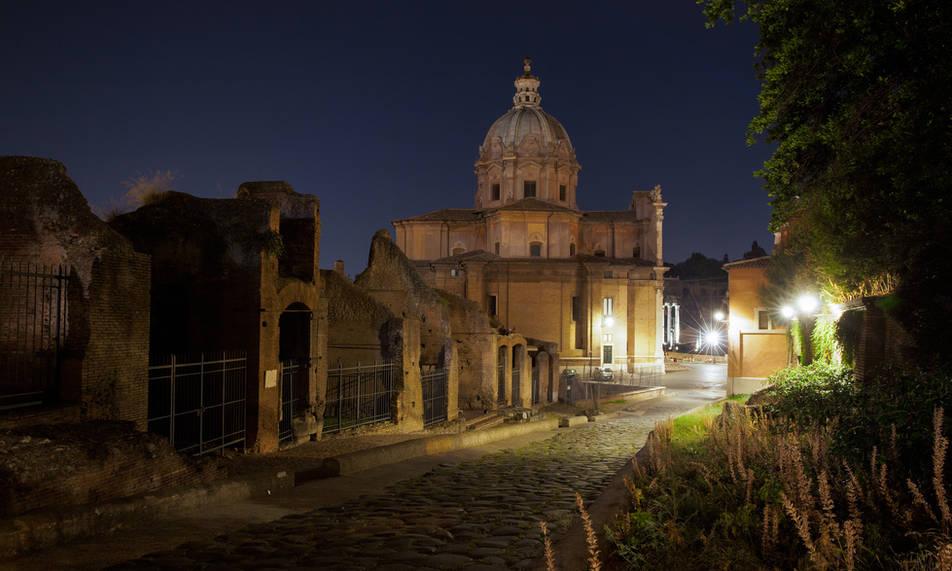 Clivo Argentario, Rome