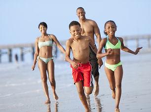 family-beach-pier_1650_670_90_s_c1.jpg