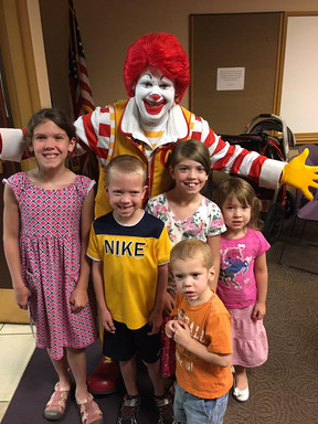 Ronald McDonald was at the Aliante Library to do a little magic and kick off the 2017 Summer Reading Program.  Regular library users  Brenna, Brielle, Blake, Brynn and Bennett had a great time meeting Ronald!