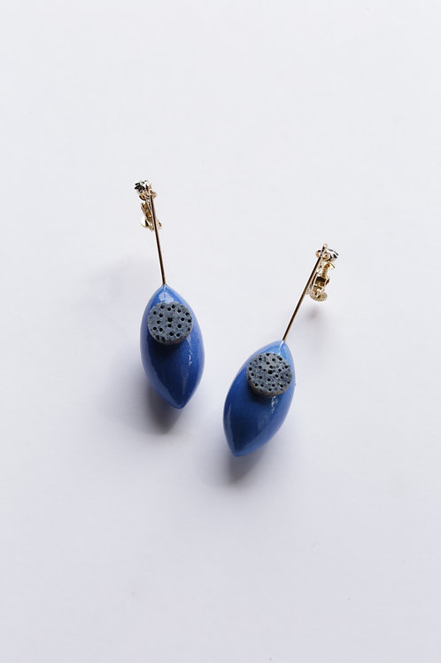 Sus_Earrings(ESU#Blue_coral)