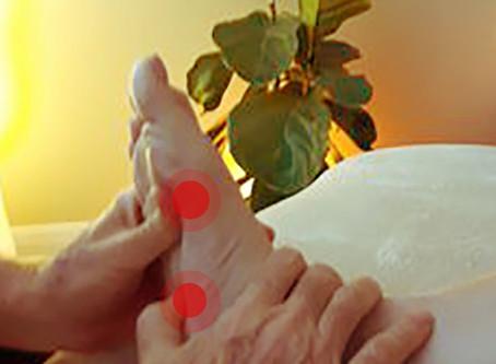 Massage des pieds: 3 éléments pour bien réussir