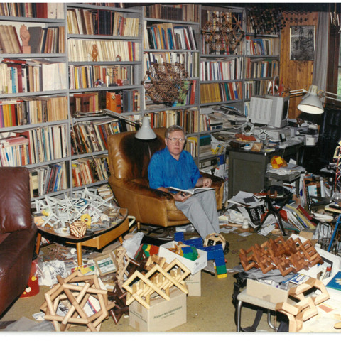 Koos in his study