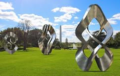 Washington, USA _ White House Grounds Wa