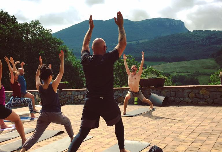 Yoga time på familieferien