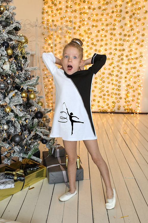 Платье черно белое с гимнасткой