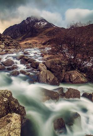 Waterfall_Under_Tryfan.jpg