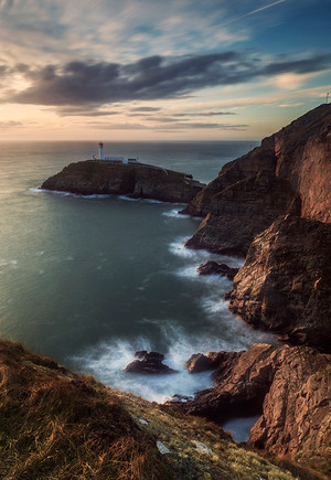 South_Stack_Lighthouse (1).jpg