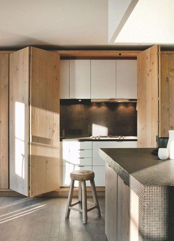 фото пример скрытой кухни в интерьере