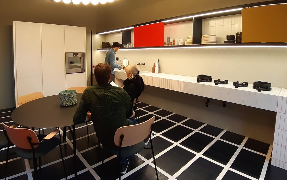 интерьер кухни на неделе дизайна, апрель 2019 в Милане