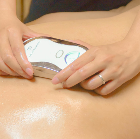 Galvanic Lymphatic Drainage Massage