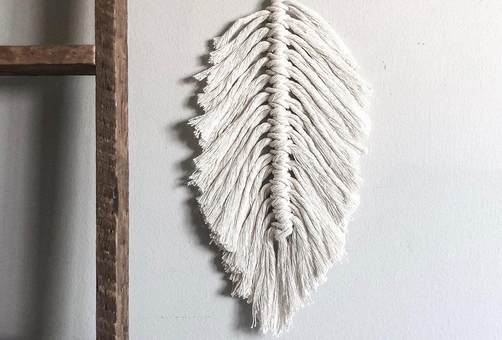 Mini Macrame Feather - KH-1N