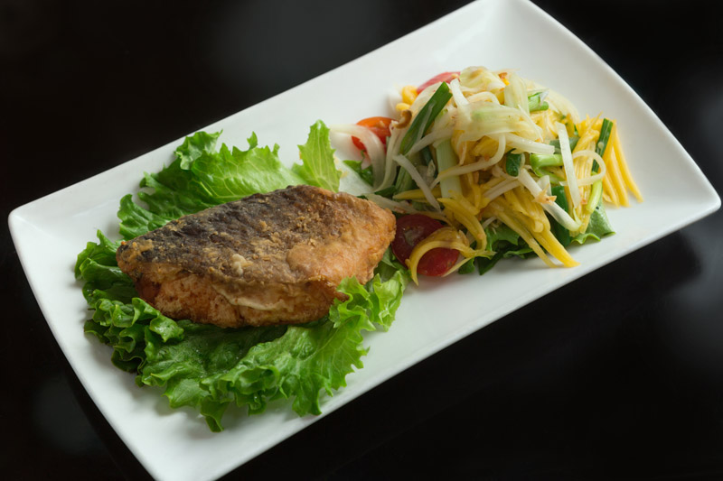 Salmon with Mango Papaya Salad