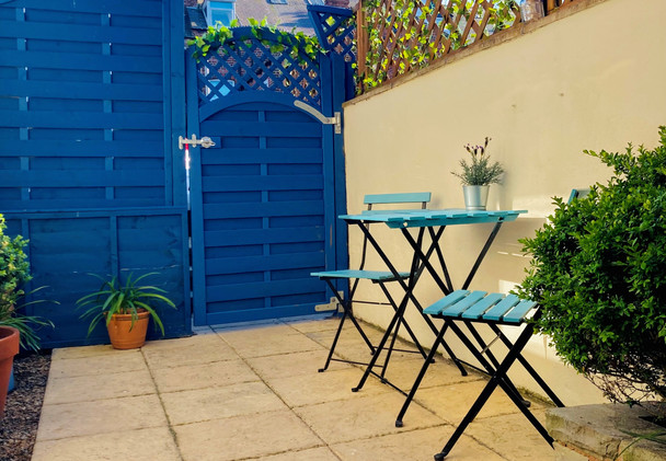 Small Enclosed Courtyard