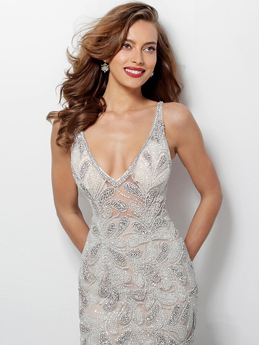 dress-offwhite-cyprus-carlabridal-compre
