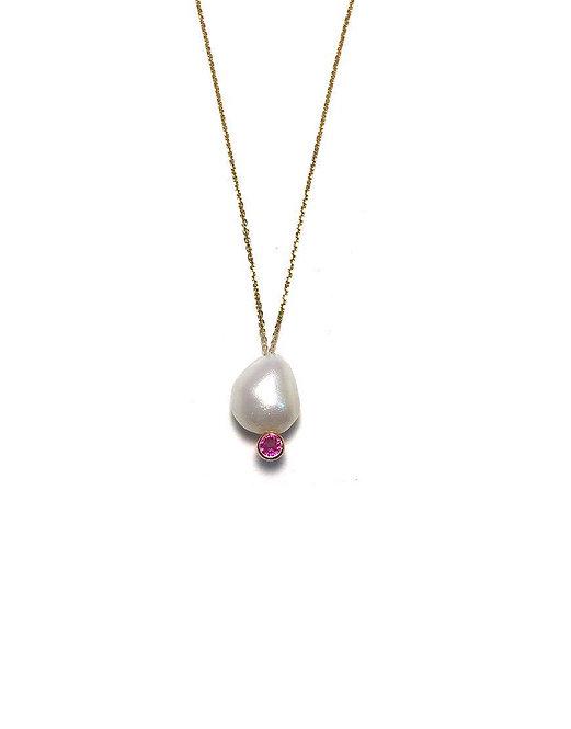 'AMELIA' Pearl necklace