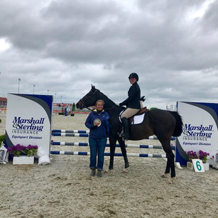 Hannah and Legato winning the Modified Jumper Classic at HITS Balmoral