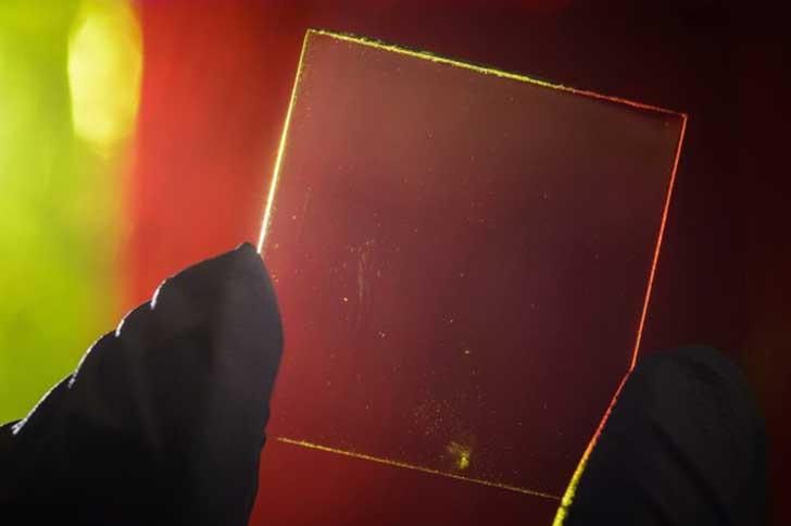 transparent_solar_panel_2-600x399.jpg