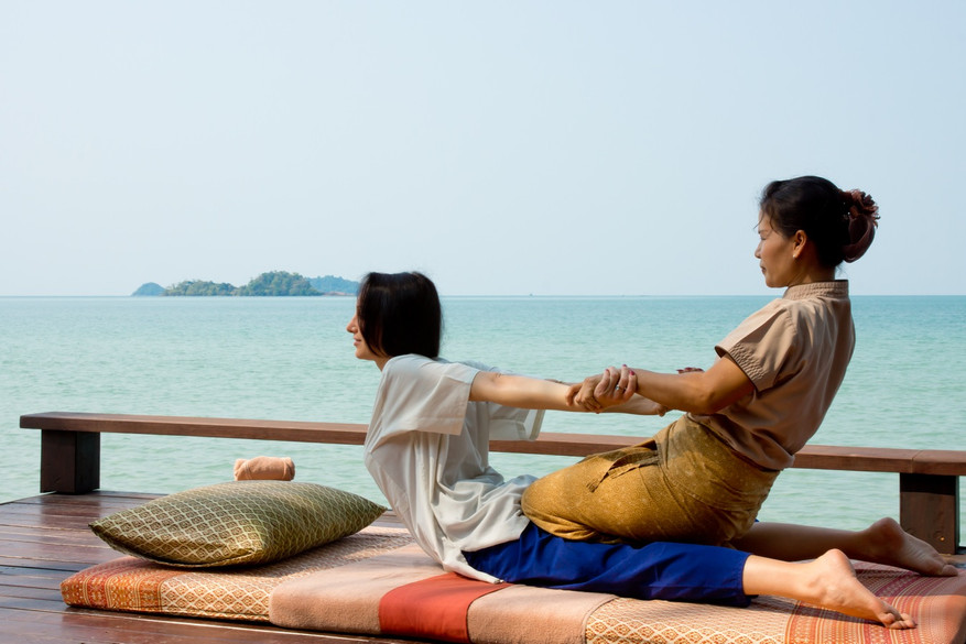 Ayurvana-Beach-Massage-11350.jpg
