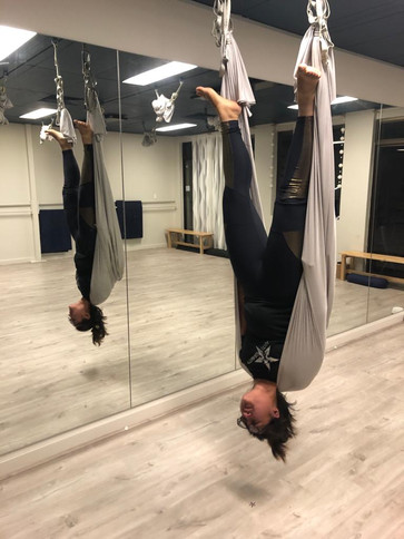 fly yoga - anti gravity - workshops