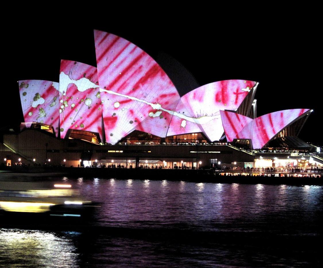 SydneyOperaHouse_edited_edited.jpg