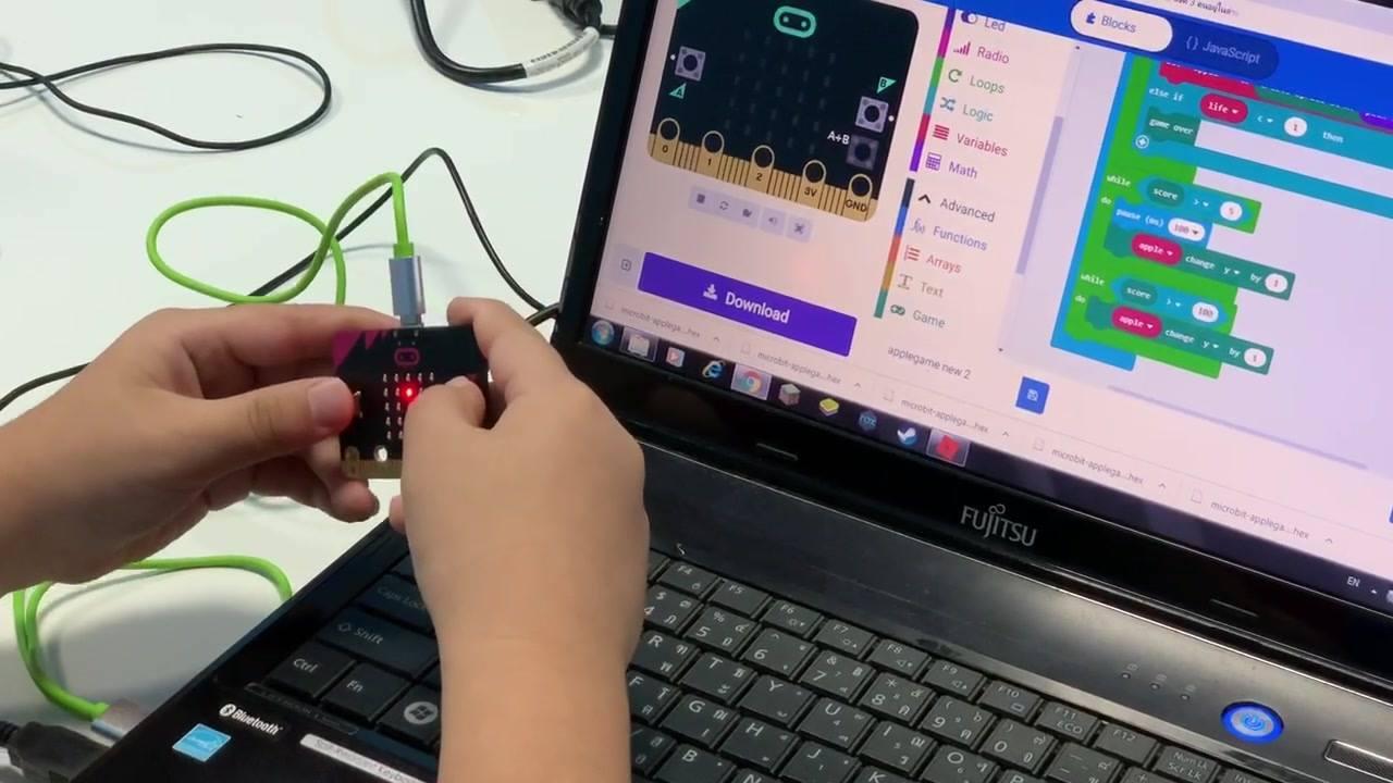 เด็กๆสร้างเกมเล่นเองด้วย micro:bit