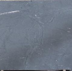 Black Moon B360 104x64.JPG