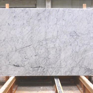 Carrara Block 1413 110x58 (2).jpg
