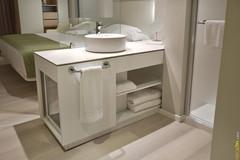 Neolith_Hotel_Bathroom.jpg