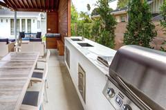 Estatuario outdoor kitchen.jpg