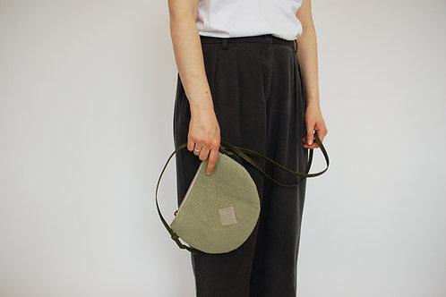 """Handtasche """"Moonbag"""", compact, Piñatex™ salbei"""