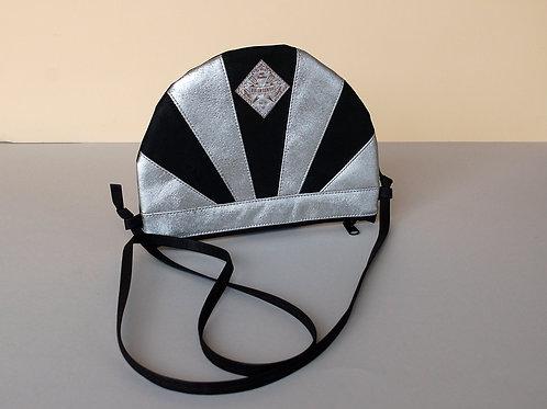 """Unikat Handtasche """"Moonbag"""", compact, Patchwork,schwarz-silber"""