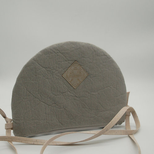 "Handtasche ""Moonbag"", compact, Piñatex™ dusty grey"