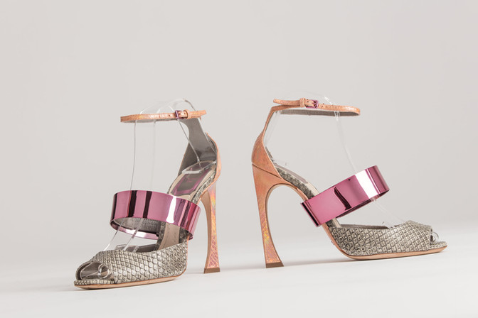 Christian Dior pumps by Raf Simons
