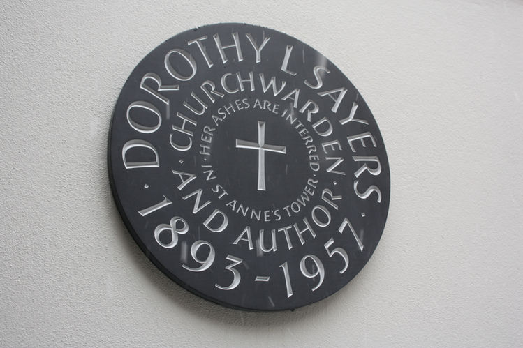 Memorial to Dorothy L Sayers