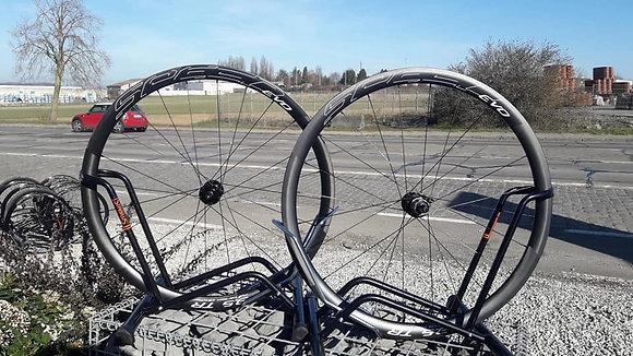 Paire de roues Speed Evo Carbone route pour disques