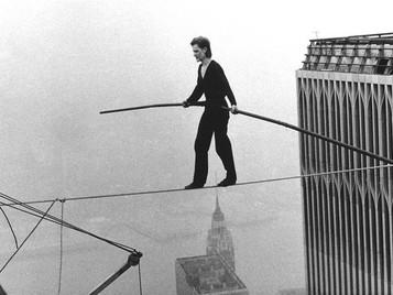 Equilíbrio distante: infraestrutura, processos e pessoas
