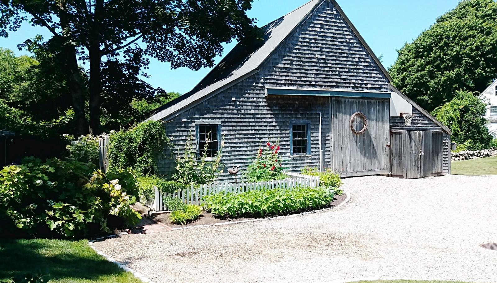 Gail Johnsons beautiful gardens (4).jpg
