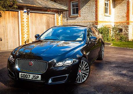 Arrive%20in%20style%20cars_Jaguar_edited.jpg