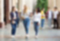 university-life-girls-walking-after-clas