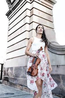 Anna | violin