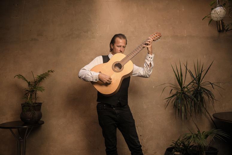 Damian Wright - Bandaluzia Flamenco