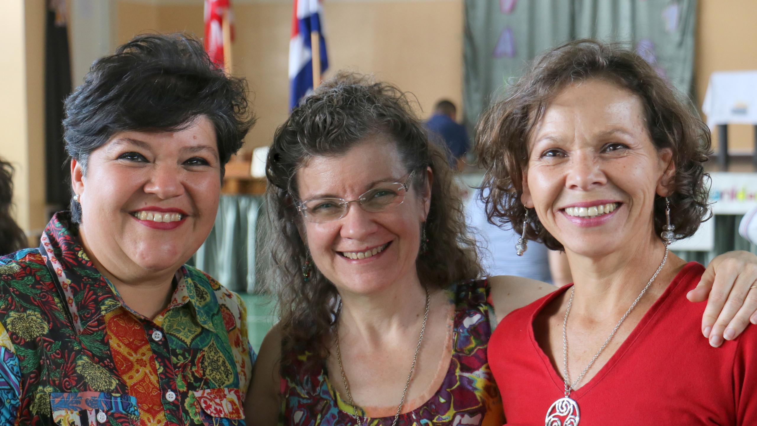 Mau, Tia, and Mimi