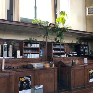 De nieuwe bar in de kerk
