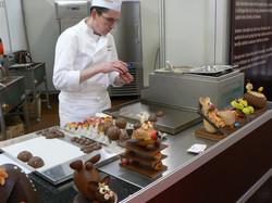 chocolatier-566199_1920