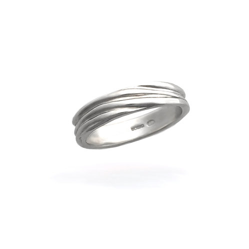 Slim Flow Ring
