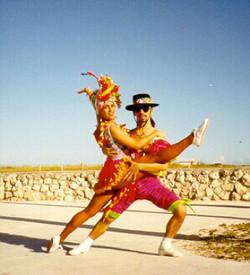 Carmen Miranda Dancers
