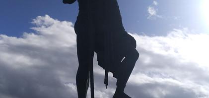 Posągi w Candelaria.jpg