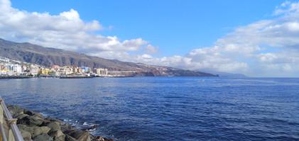 Widoki na wybrzeże Teneryfy.jpg