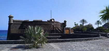 Zamek Santa Cruz.jpg