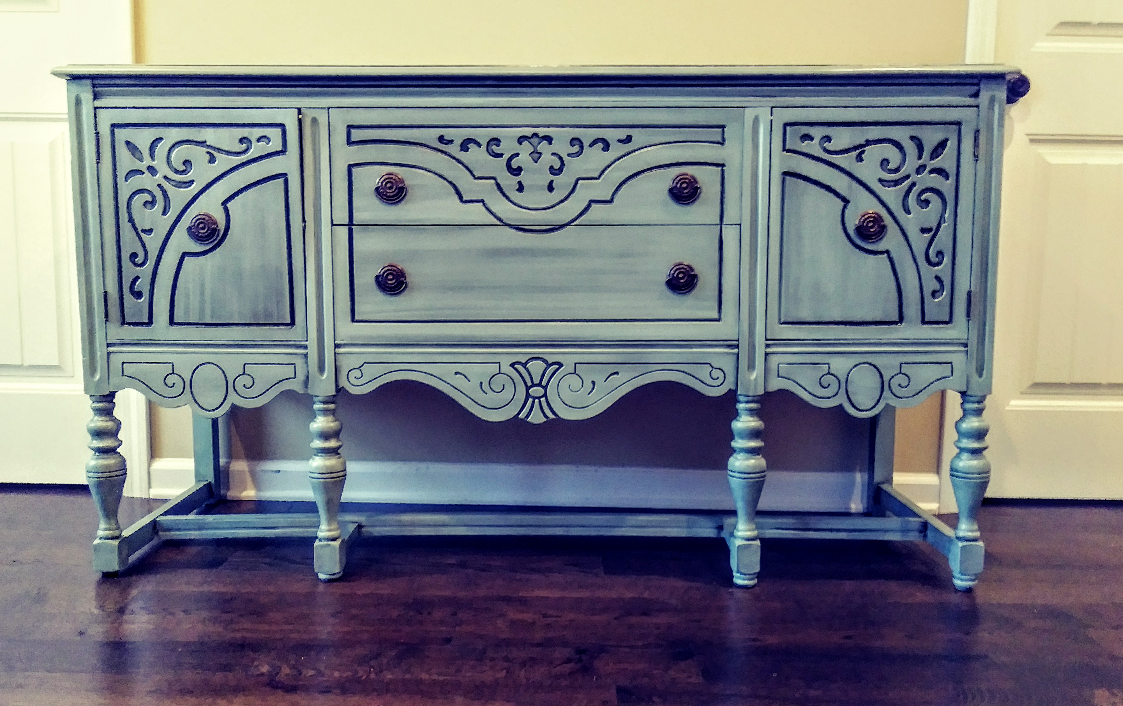1900's French Provincial Buffet